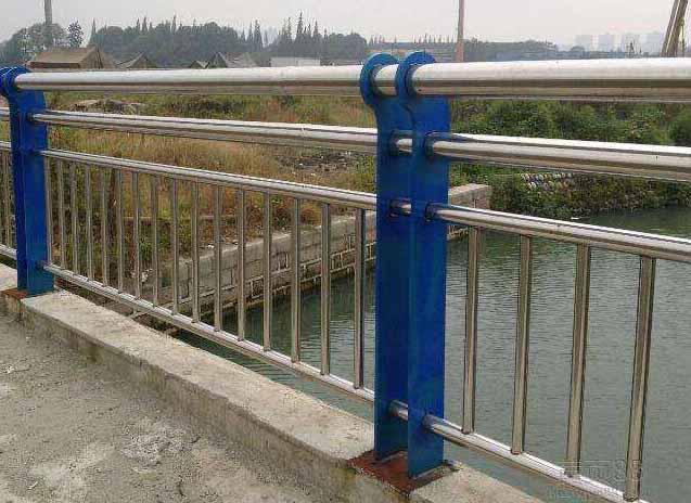 不锈钢栏杆工程